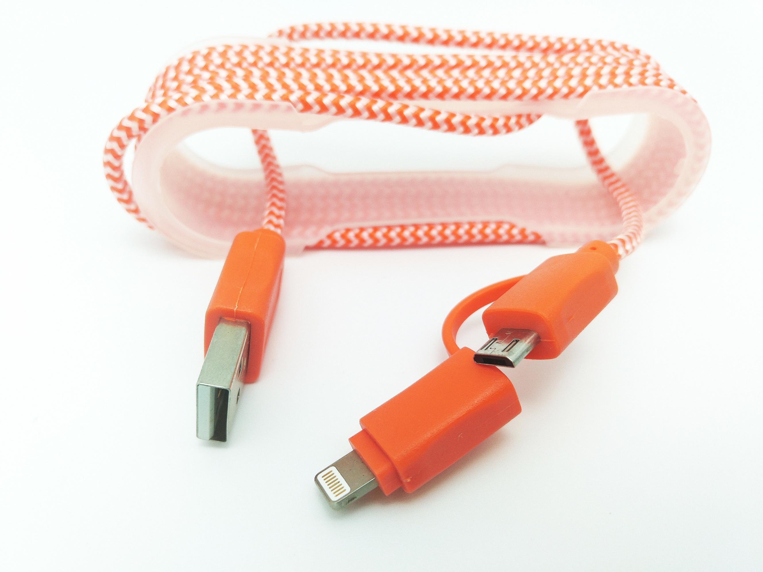 Cablu De Date MRG M-173, 2 In 1, Iphone 5/6 + Micro USB, Rosu
